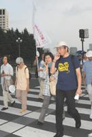 幸田和生司教(右)は麹町からスタート