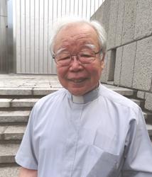 小川拓郎(おがわひろお)神父